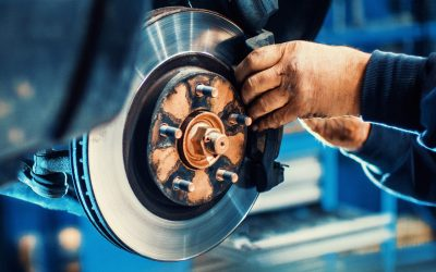 Get Your Car Brakes Replaced By Mechanics Before It's Too Late