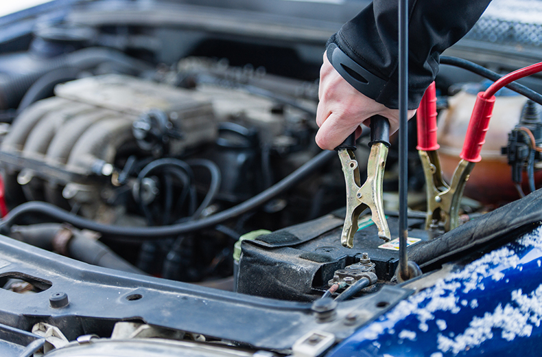 3 Tips By Mechanics In Dorking To Minimise The Common Car Problems